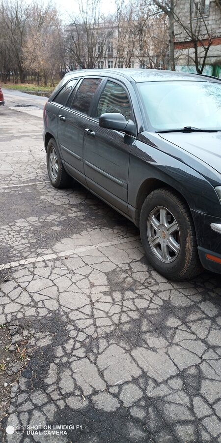 2003 Chrysler Pacifica  CS, чёрный - вид 4