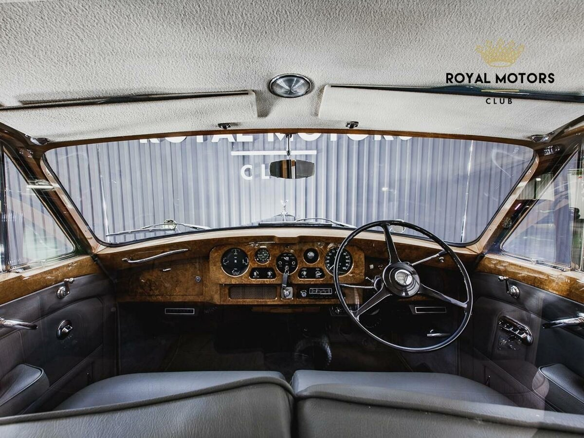 1965 Rolls-Royce Phantom  V, синий - вид 7