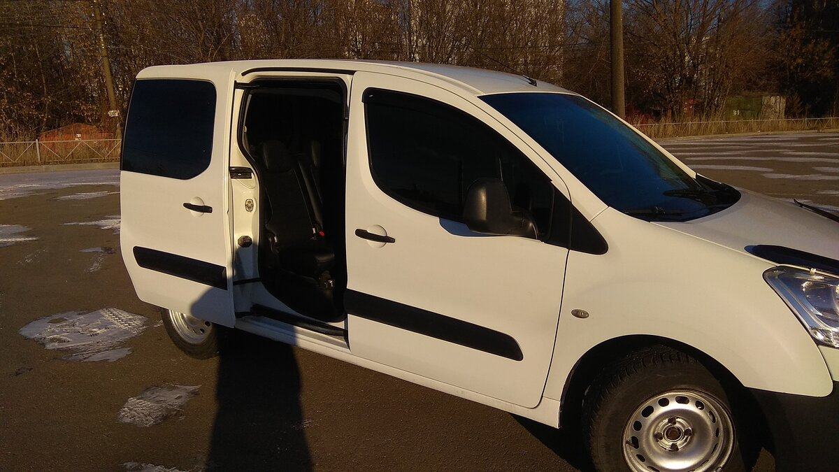 2010 Citroen Berlingo  II, белый - вид 7