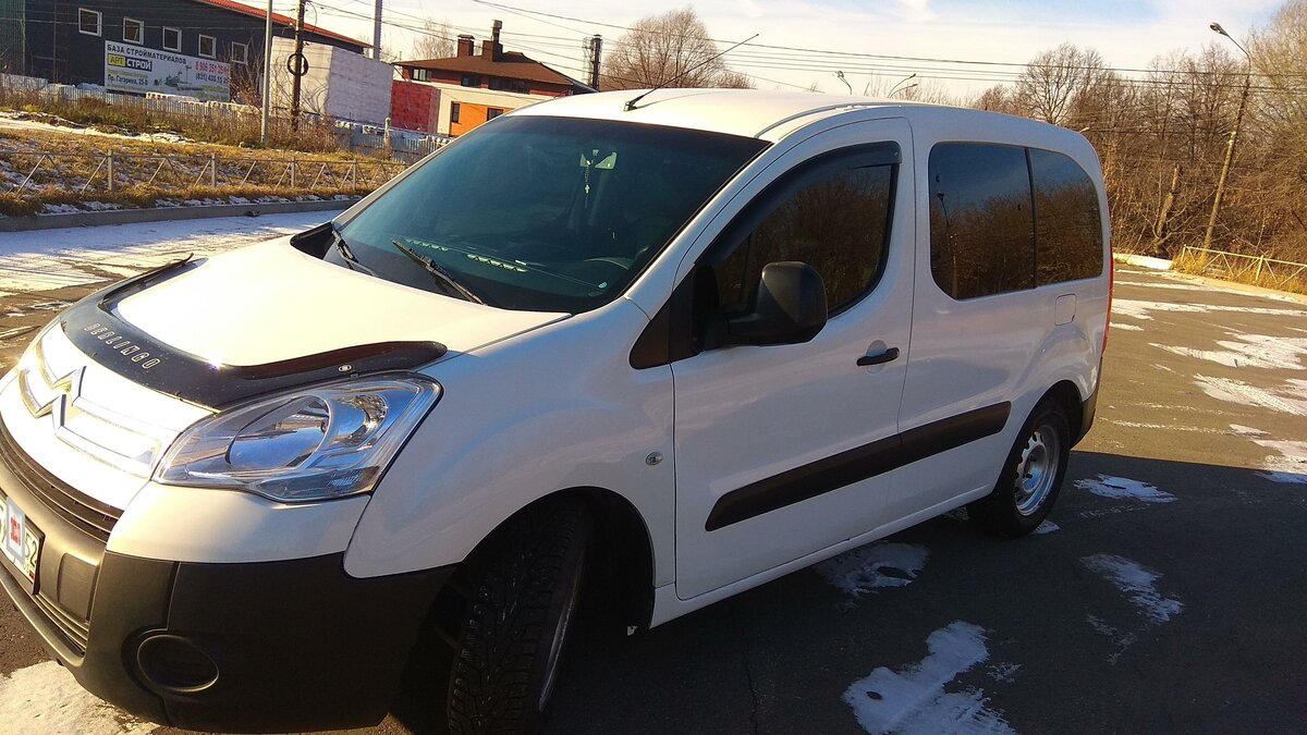 2010 Citroen Berlingo  II, белый - вид 5