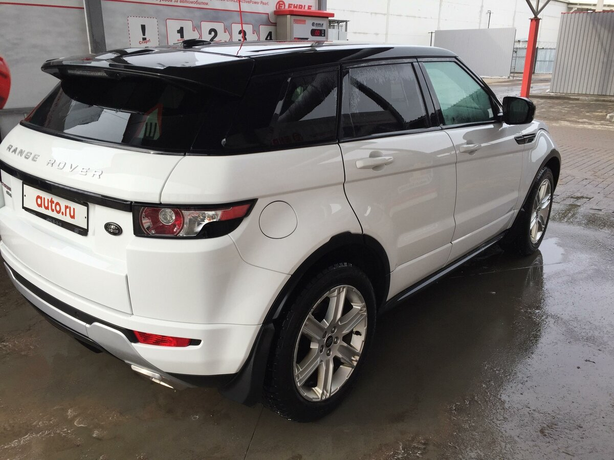 2013 Land Rover Range Rover Evoque  I 9-speed, белый, 1949000 рублей - вид 6