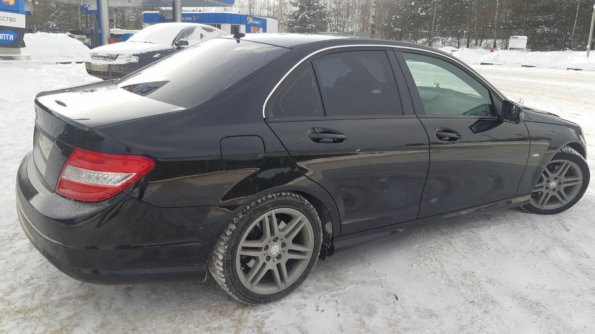 2011 Mercedes-Benz C-Класс  III (W204) 180 BlueEFFICIENCY, чёрный - вид 6