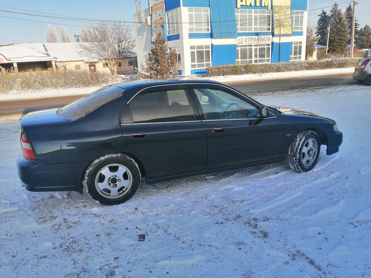 1995 Honda Accord  V, синий - вид 1