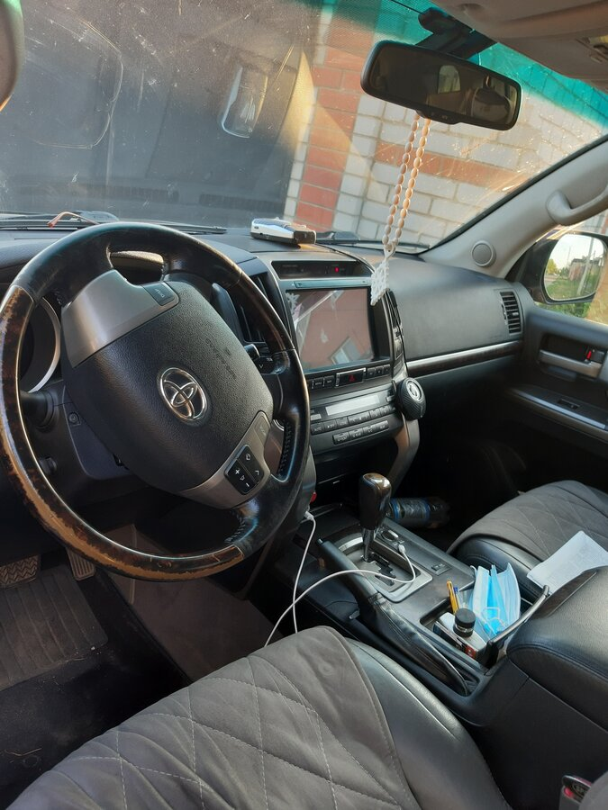 2008 Toyota Land Cruiser  200 Series, чёрный - вид 3