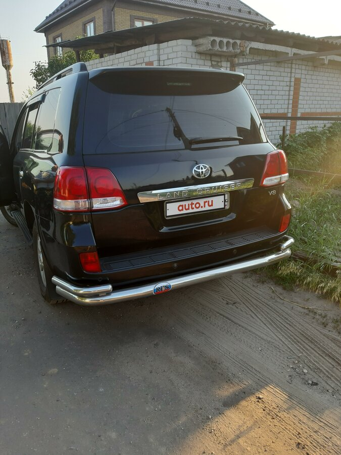 2008 Toyota Land Cruiser  200 Series, чёрный - вид 2