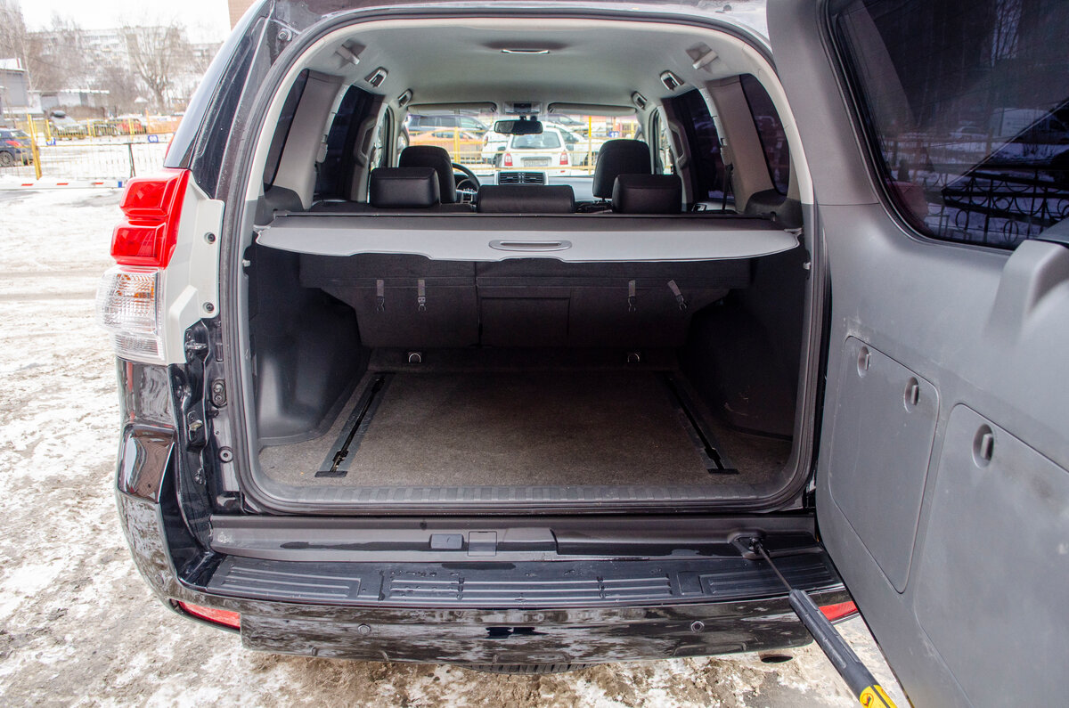 2012 Toyota Land Cruiser Prado  150 Series, чёрный - вид 4