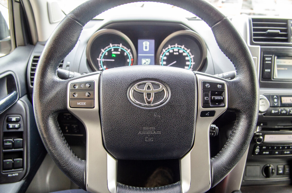 2012 Toyota Land Cruiser Prado  150 Series, чёрный - вид 20