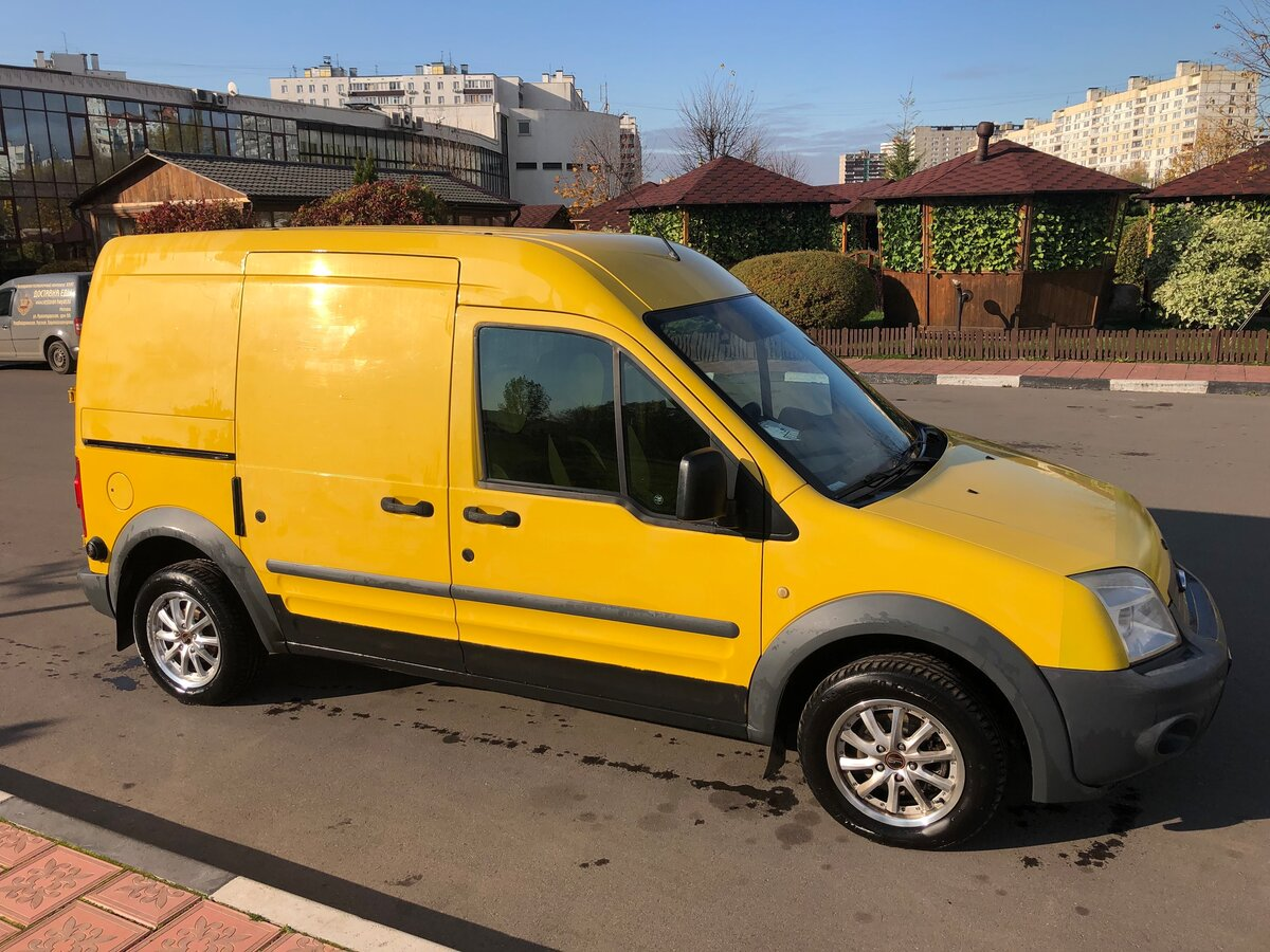 2010 Ford Transit Connect, жёлтый - вид 3