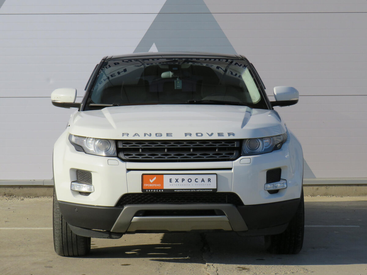 2012 Land Rover Range Rover Evoque  I 6-speed, белый - вид 1