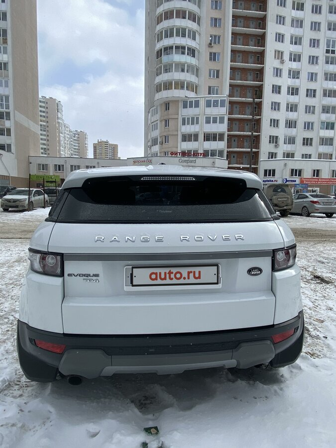 2012 Land Rover Range Rover Evoque  I 6-speed, белый - вид 6